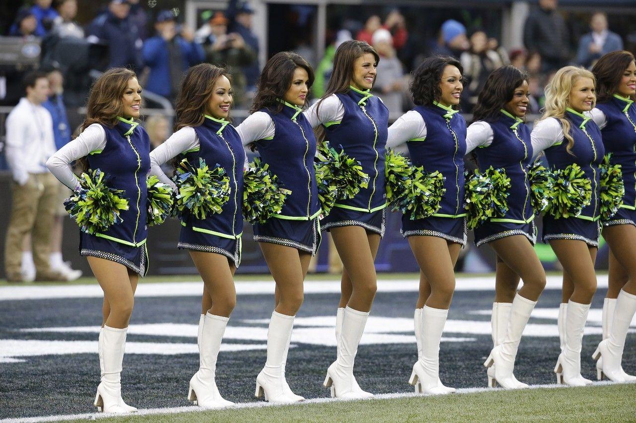 Seattle Seahawks Cheerleaders Professional Cheerleaders