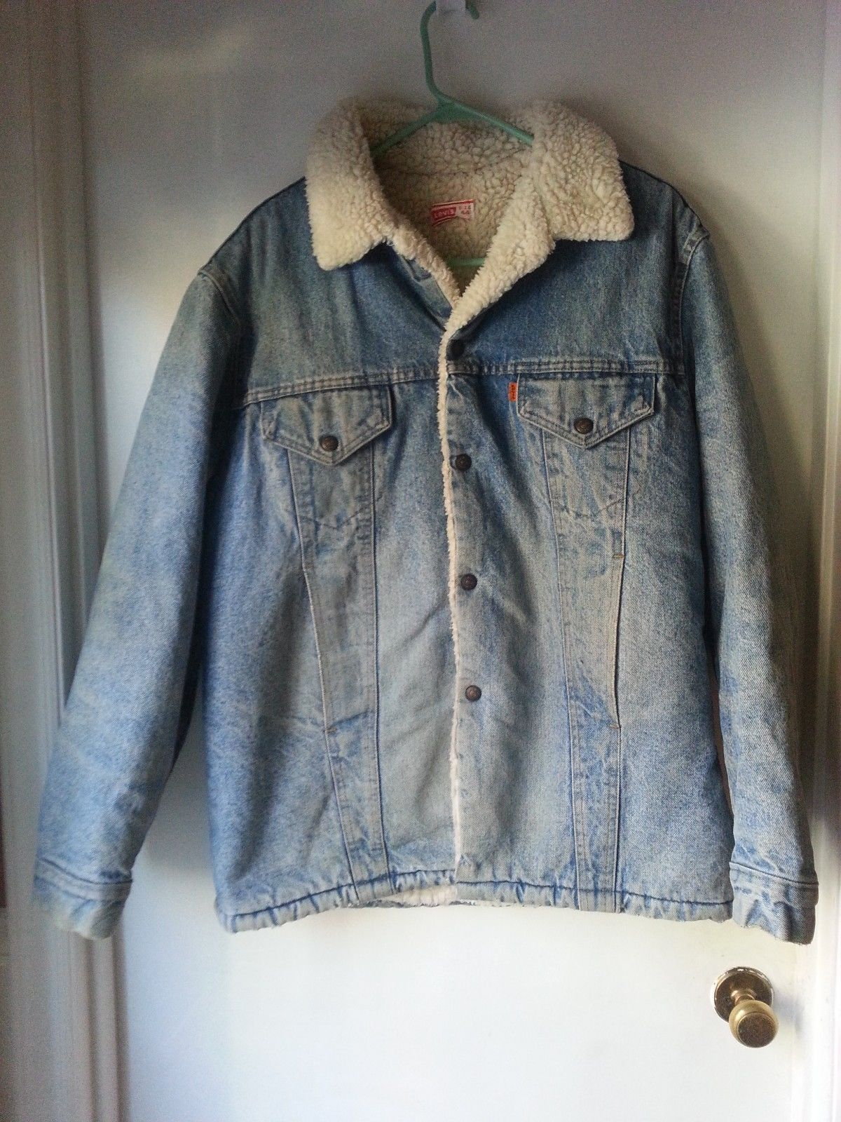 90b936a6 Vintage LEVI'S Denim Sherpa Fleece lined Trucker Denim Jacket Men's Size 44  Priced at $49.09