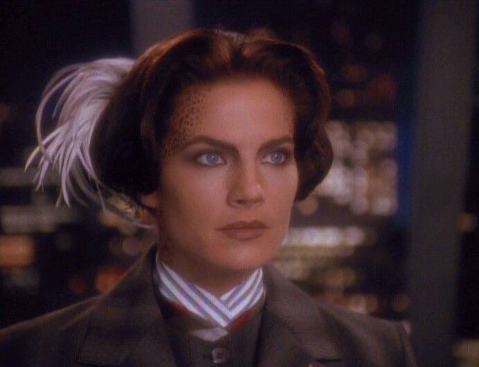 Terry Farrell - Jadzia Dax Deep Space 9 Looking very steampunk - dr bashir i presume