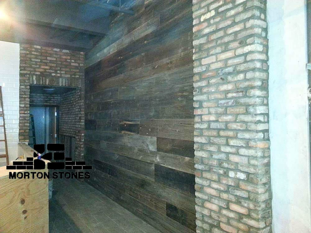 clay bricks are great feature which add charm to any space decor interior brickveneer brick wall restaurant clay tiles mortonstones