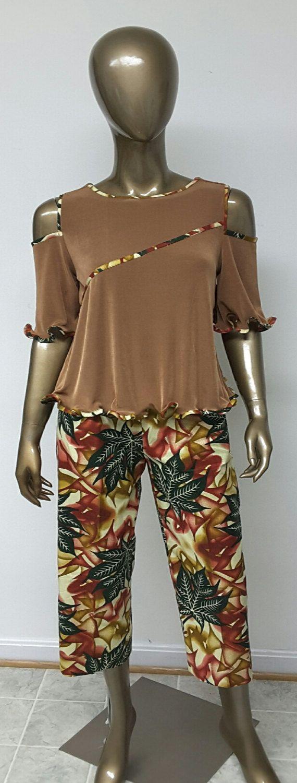 African Print Capri Pants . Inside Pockets. Liquid Knit Lycra Top ...