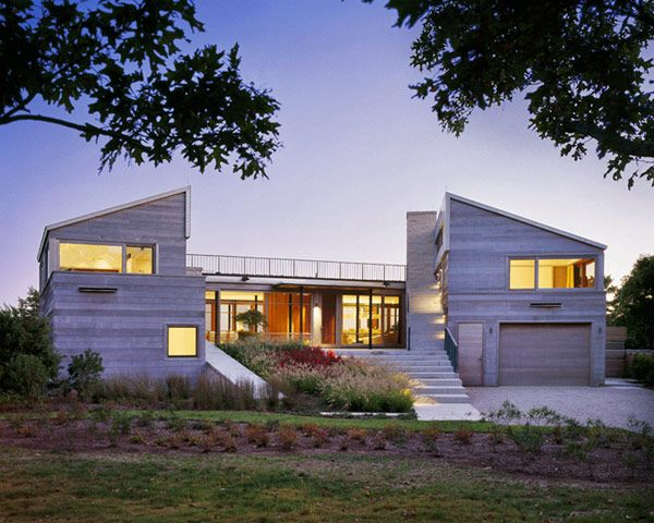 Color and Design Originality Showcased by Up-Over-Between House in USA  #architecture