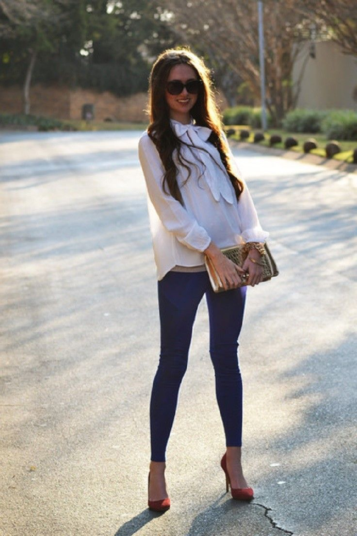 outstanding outfits with blue leggings women