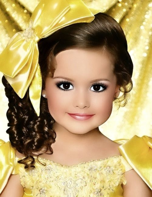 toddlers and tiaras adorable ;
