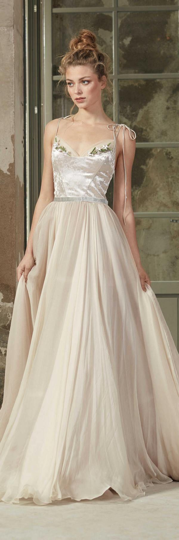 Rara Avis 2018 Wedding Dresses   Brautsammlung, Hochzeitskleider und ...