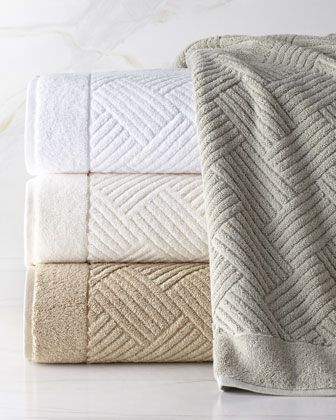 SFERRA Pasha Towels are supremely soft yet perfectly thirsty - the perfect spa companion.