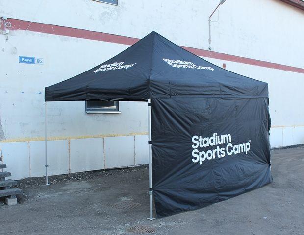 4x4m popup teltta: http://www.stereomeedia.com/fi/galleria/?id=2515