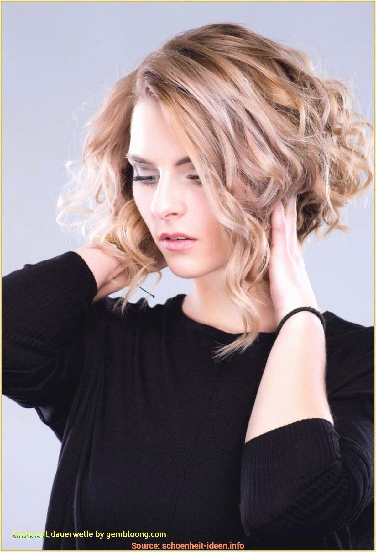 Frisur Mittellang Rockig  Hochzeit frisuren lange haare, Frisuren