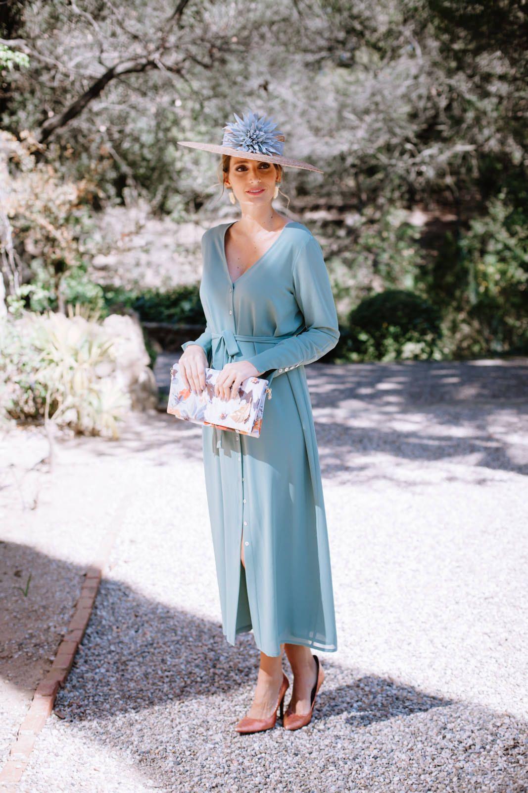 Look invitada boda: vestido-batín | Boda, Vestiditos y Vestidos boda