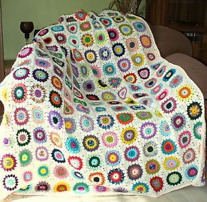 granny square decke sunburst flowers gehaekelte decke haekeldecke creme granny sunburst. Black Bedroom Furniture Sets. Home Design Ideas