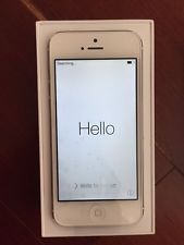NEW Apple iPhone 5 - 64GB - White & Silver (AT&T) Smartphone