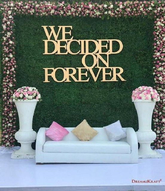 Quirky Quotation Décor Engagement Stage Decor