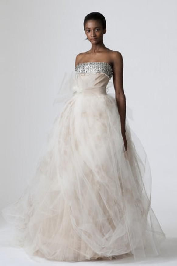 Vera Wang Dorothy Wedding Dress ♥ Designer Wedding Dresses ...