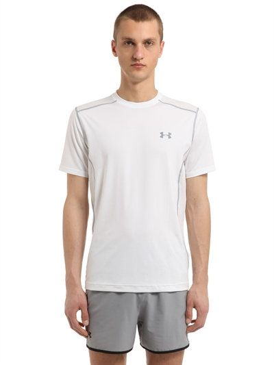 UNDER ARMOUR . #underarmour #cloth #t-shirts
