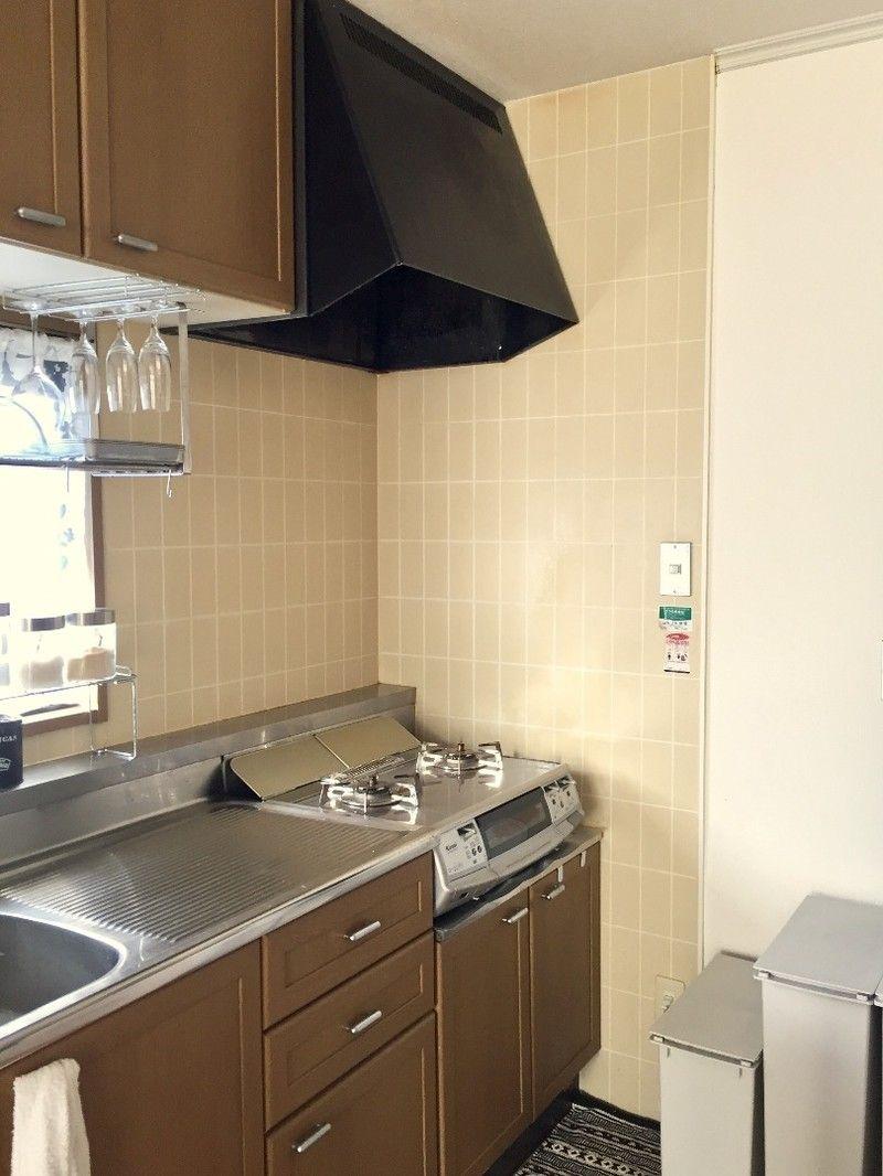 賃貸キッチンの壁を ホームセンターのプラダンとセリアのリメイク