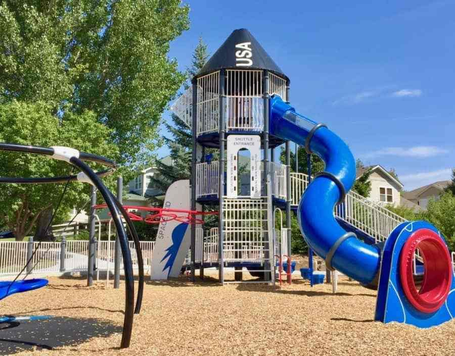 10 Best Public Playgrounds Around Denver Public Playground Modern Playground Picnic Area