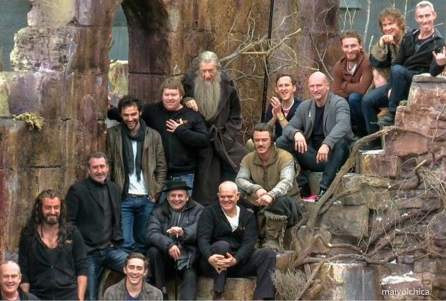 The Hobbit Cast Crew The Hobbit Lord Of The Rings Scenes