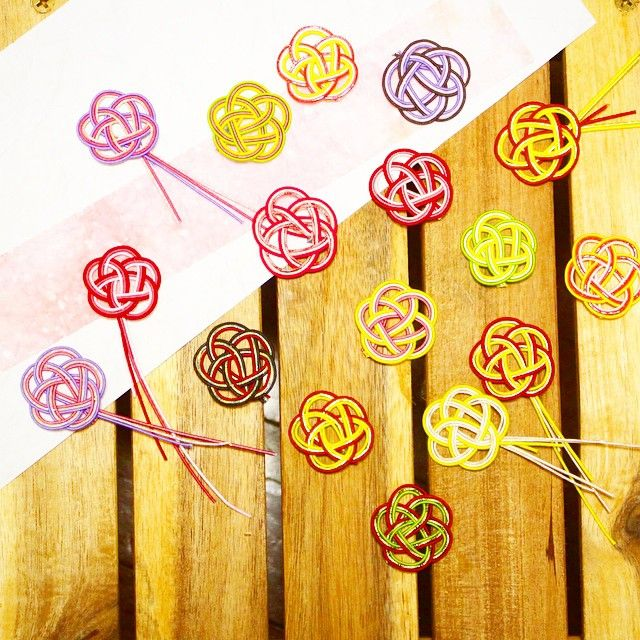 【水引】って知ってる?ご祝儀袋につける飾り紐の、簡単可愛い結び方特集*   marry[マリー]