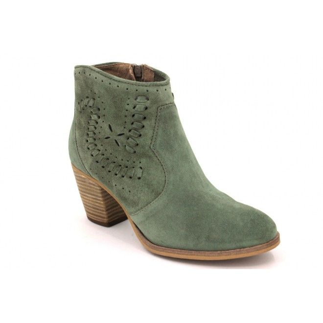 aca8b393bb0 Alpe 3235 Bonitos botines tobilleros para mujer hechos con pieles suaves y  flexibles. Diseño tejano