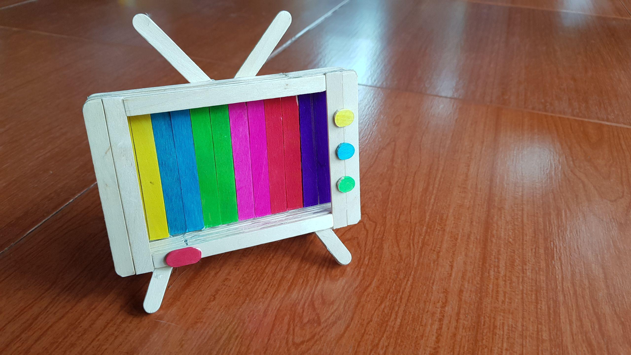 Retro Tv Popsicle Stick Phone Stand Diy และงานฝ ม อ
