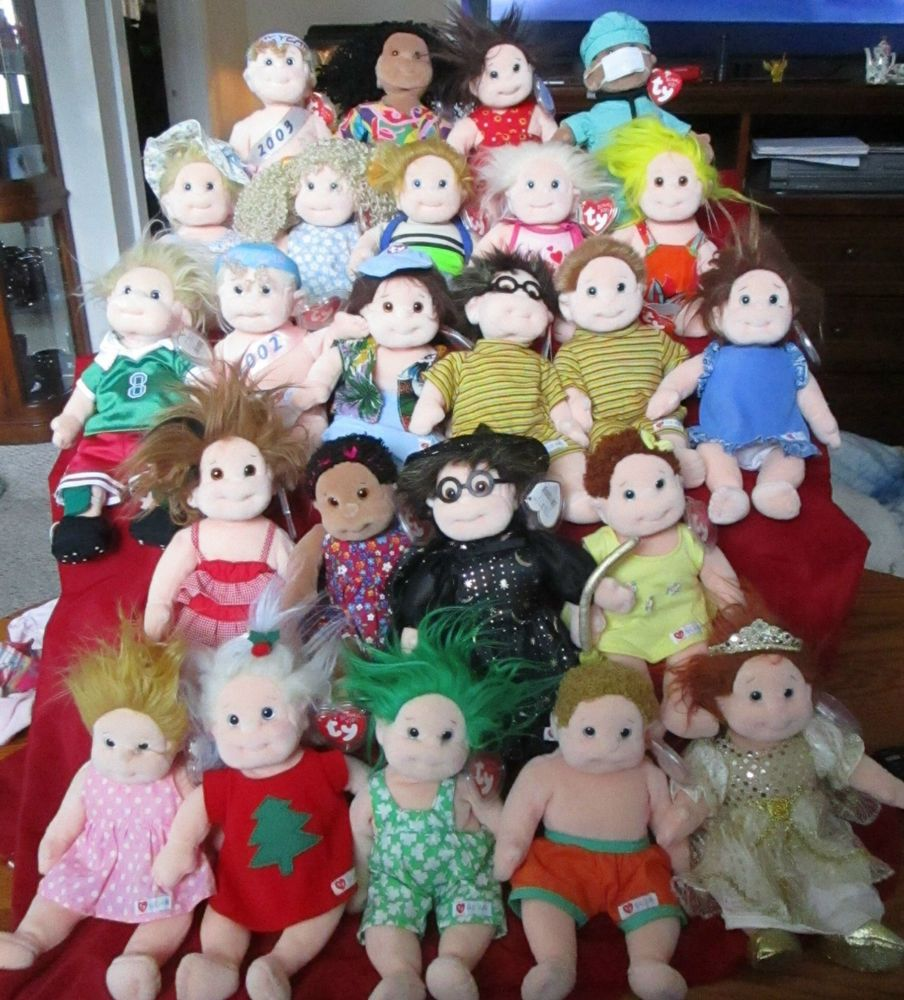 COLLECTIBLE BIG LOT OF TY BEANIE KIDS 24pc. AND EXTRA CLOTHES  TY ... 0d494415b3a