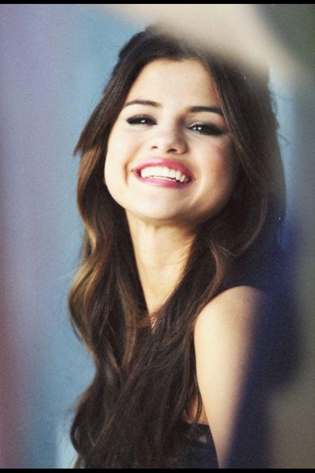 Selena Gomez Frisuren