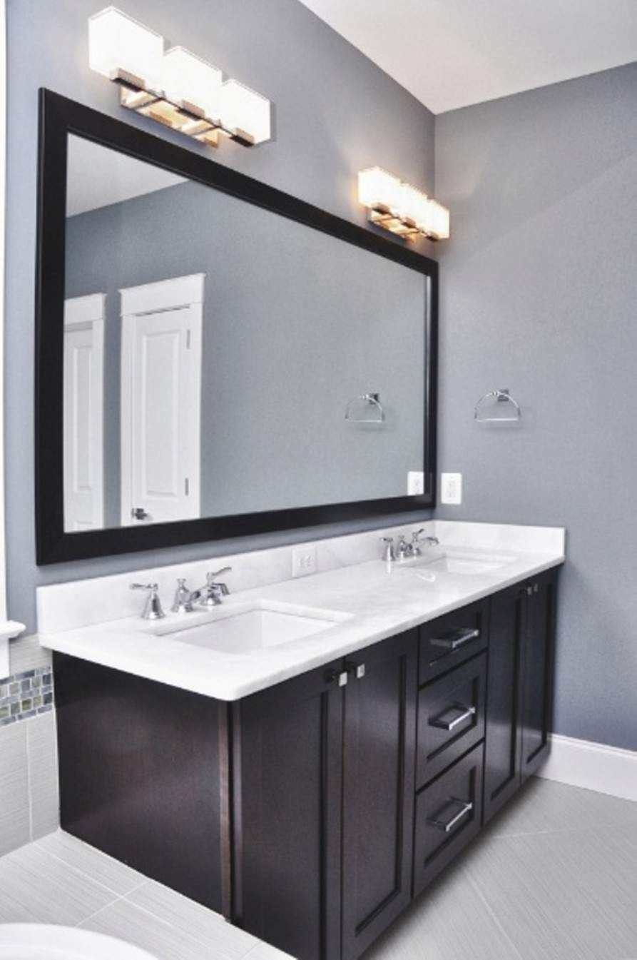 Beauty On A Budget 6 Chic And Cheap Diy Bathroom Vanity Plans Houseminds In 2020 Modern Bathroom Light Fixtures Light Fixtures Bathroom Vanity Modern Bathroom Lighting