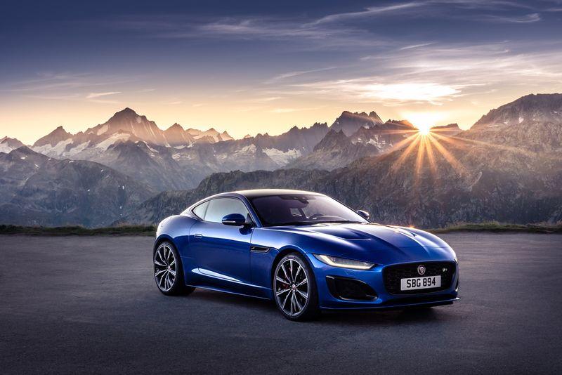 ジャガー新型Fタイプ国内発売開始|外装デザイン大幅変更【2020】(画像あり) ジャガー, コンバーチブル, シケイン