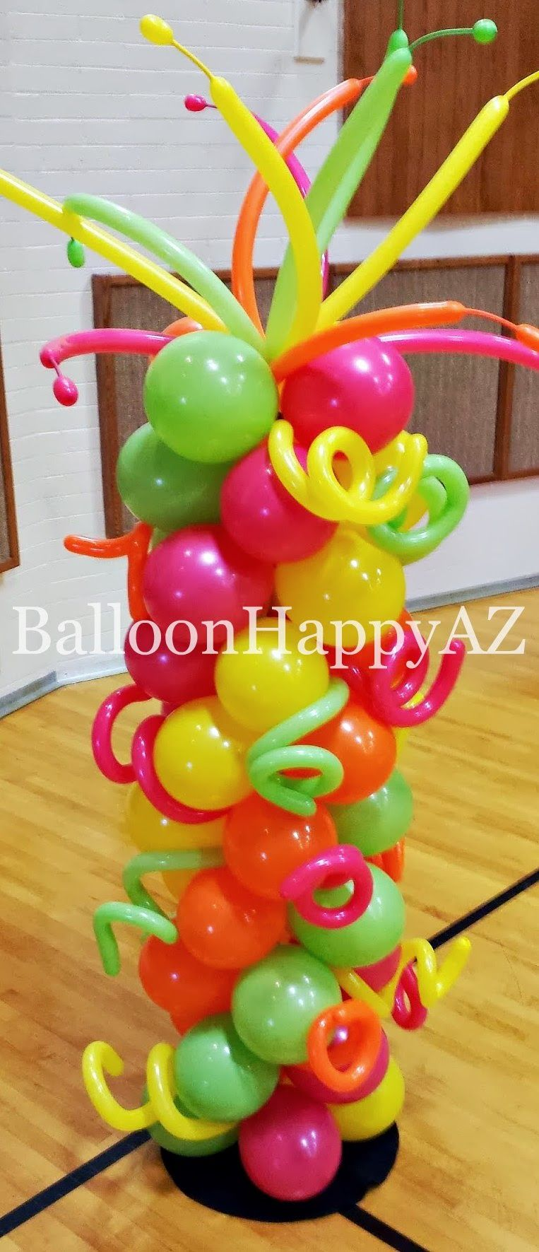 Balloon decor ideas reminds me of a dale chihuly glass for Balloon column decoration