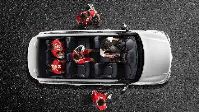 2017 Nissan Armada Highlighting Interior Seating For 8 Passengers