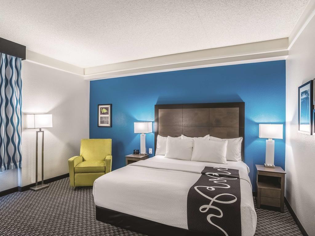 2 Bedroom Hotel Rooms Phoenix Bedroom Hotel Hotels Room Room
