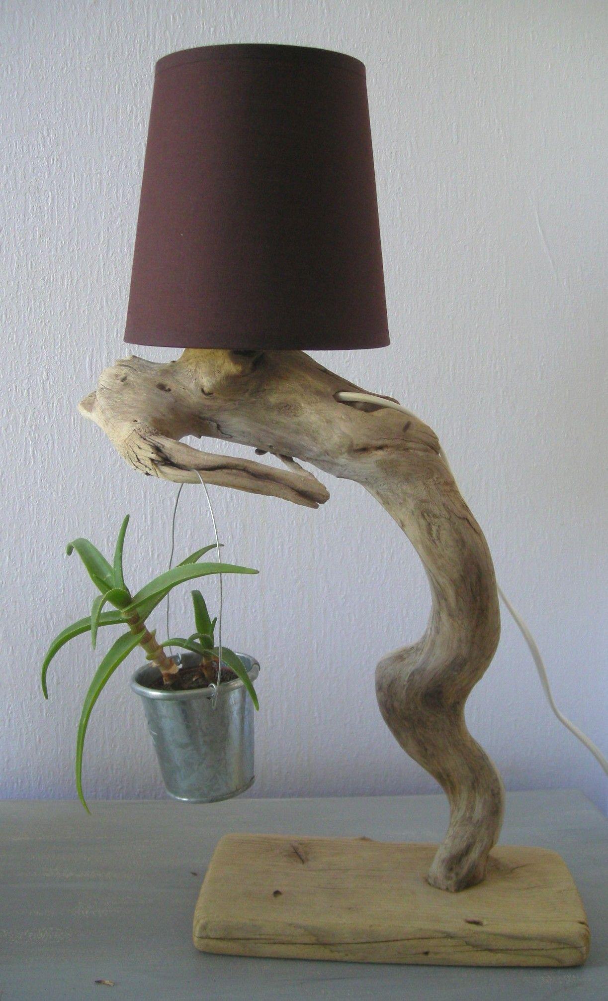 Lampes en bois flott cr ations au fil de l 39 eau bois for Chandelier bois flotte