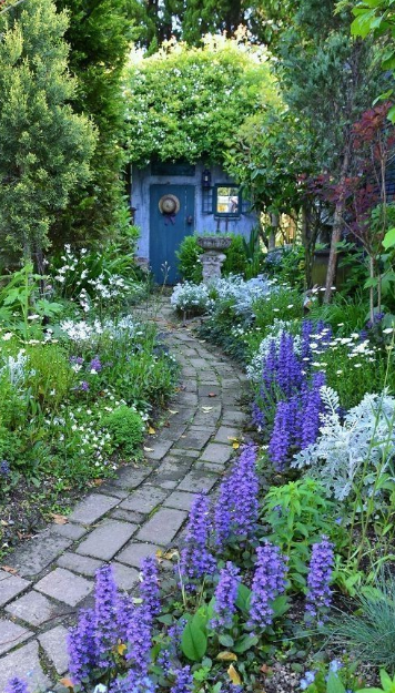 20+ Simple And Beautifull Garden Design - Eweddingmag.com