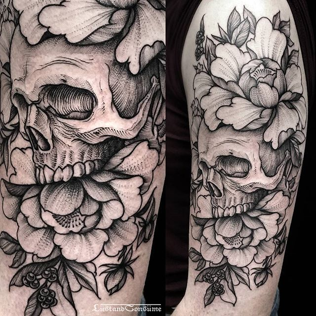 """Phil Tworavens on Instagram: """"???????? Skull, peonies and wild berries for Corlyn???????? thank you! + Done at @daredeviltattoo +  Currently fully booked. Bookings are closed now. +…"""" #tattooskullflowers"""