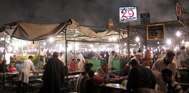 Iltamarkkinat Marrakechissa