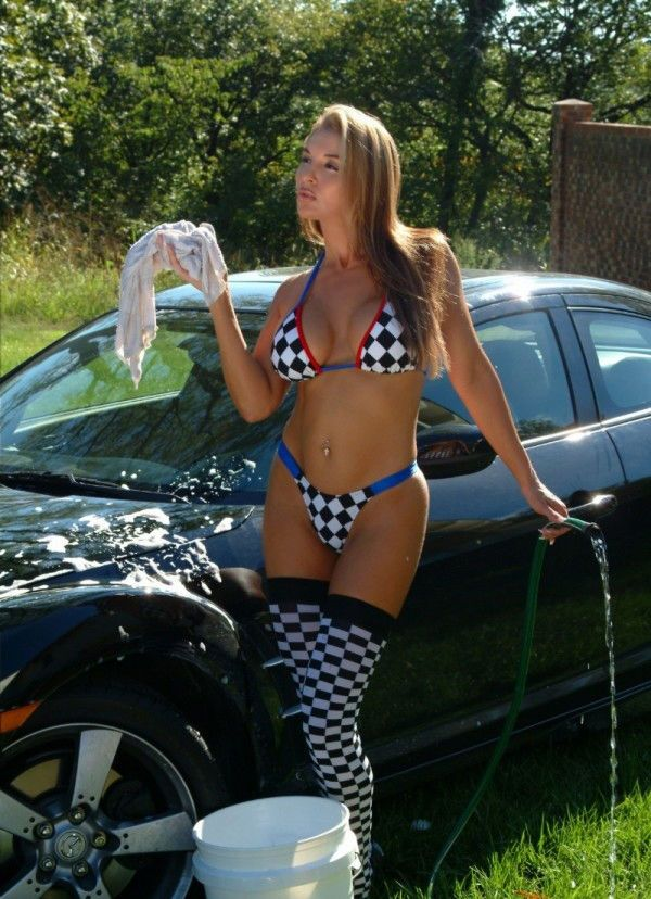 Bikini girls and cars