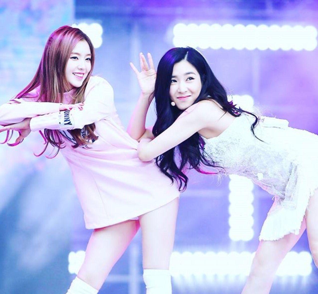 Red Velvet and SNSD