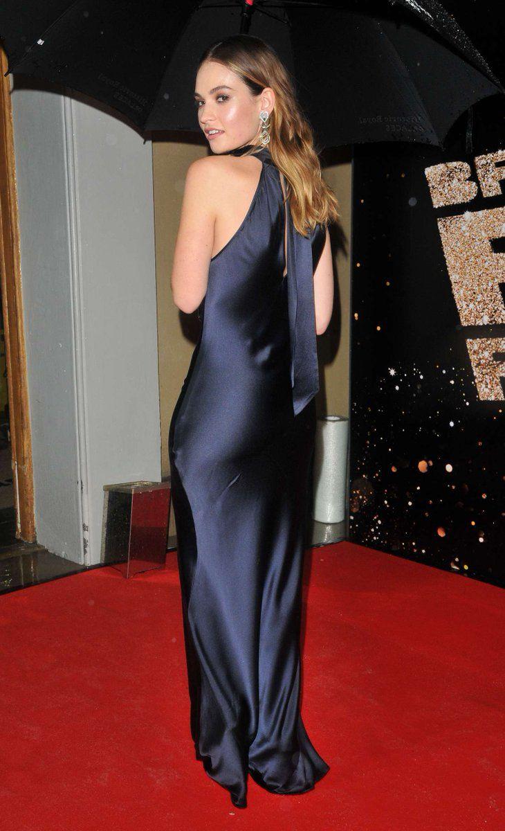 Nina Collins Twitter Porno inséré | satin dress long, beautiful long dresses, satin dresses