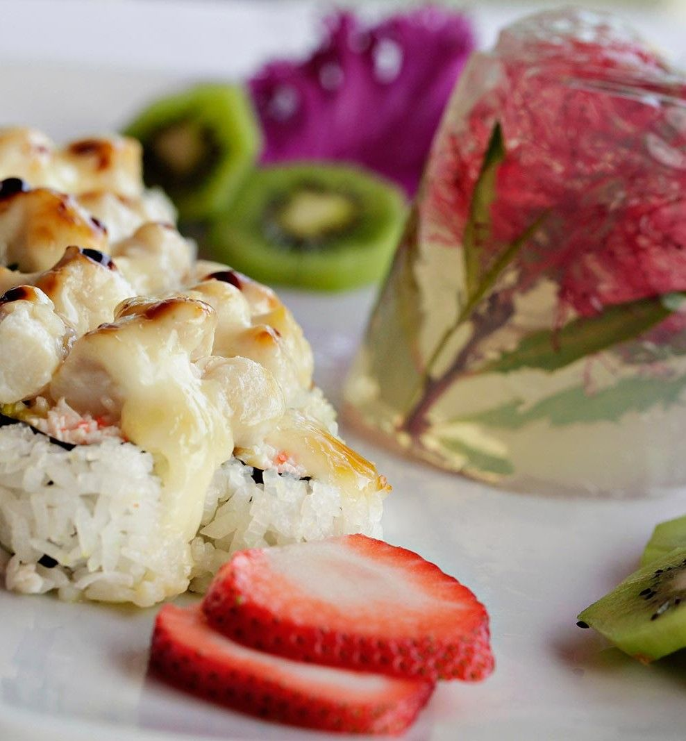 How To Choose The Best Sushi Restaurant Near Me Best Sushi Sushi Sushi Catering