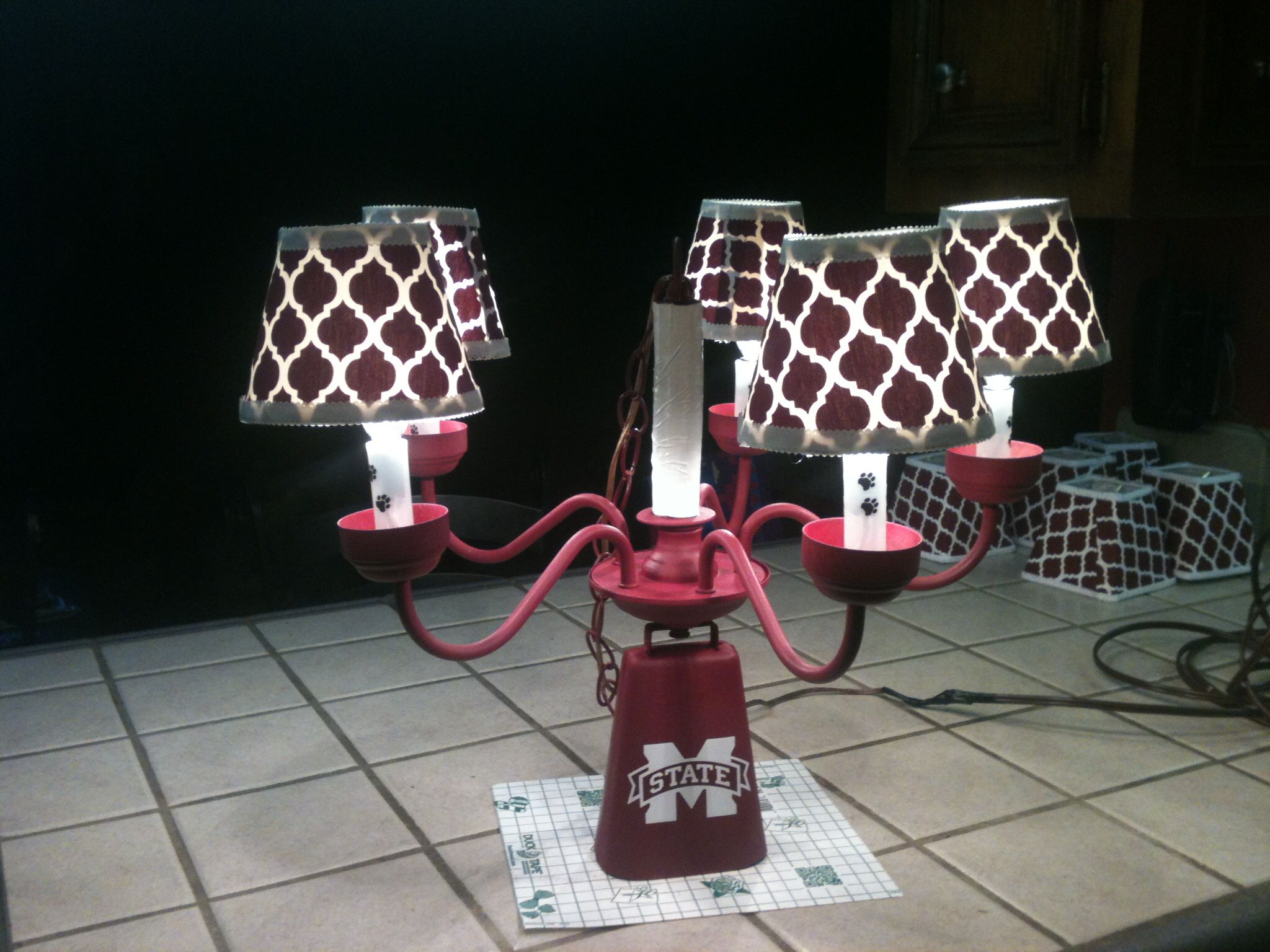 Msu tailgate chandelier hail state tailgate ideas pinterest msu tailgate chandelier hail state arubaitofo Image collections