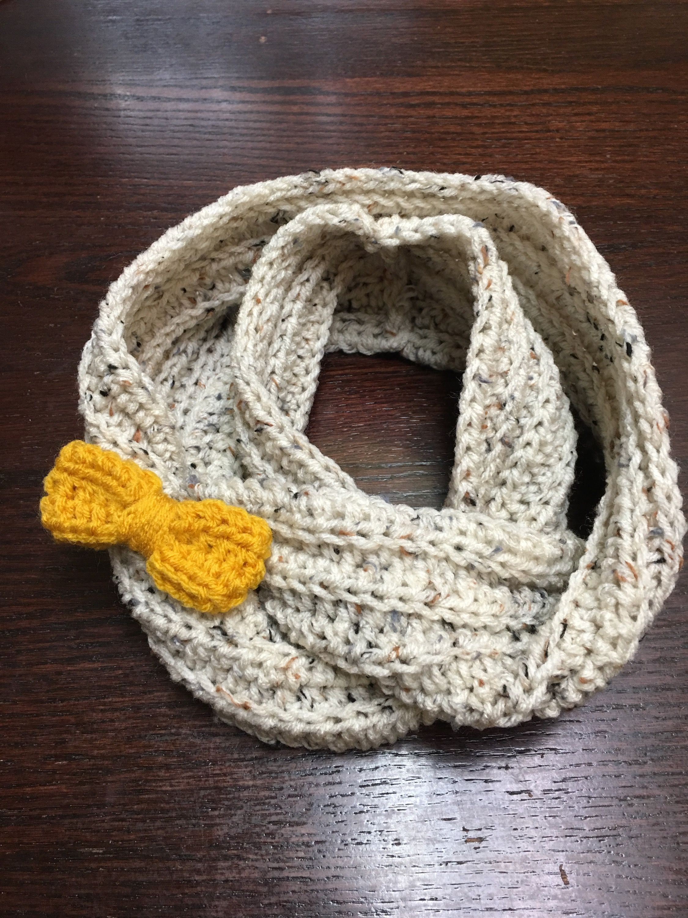 Good morning! I made this scarf for a sweet little girl. This is a ribbed infinity scarf with half double crochet stitches. The bow is on a clip so it can be worn with, without it or switched to a ...