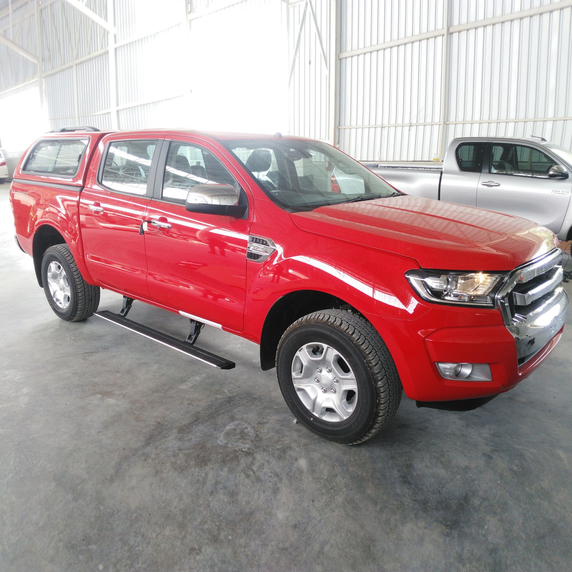Auto Accessory 4x4 Electric Side Step Running Board For Ford Ranger Whatsapp Wechat Mp 86 18662536356 Http U6 Gg Dj Car Accessories Ford Ranger Electricity