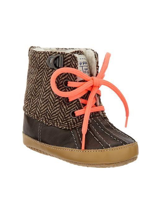 baby bean boots. presh. | Baby girl