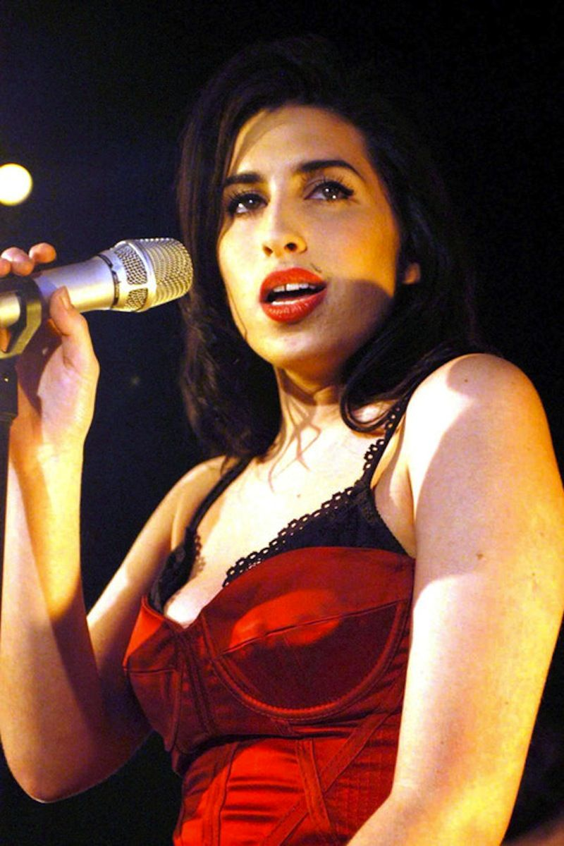 Amy Amy Winehouse Rare Photos Beautiful Glamour Healthy Iconic Winehouse Amy Winehouse Amy