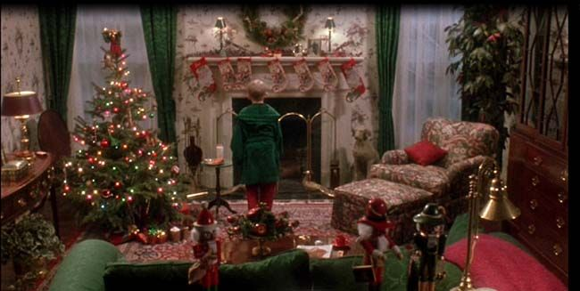 home alone house house tour another section of the living roomvery traditional decor - Home Alone Christmas Movie