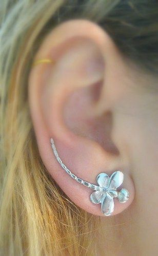 Ear Sweep Wrap Cuff For Pierced Which Is A Pair You Need Only One Piercing This Wear It As Normal Earring And Place On The