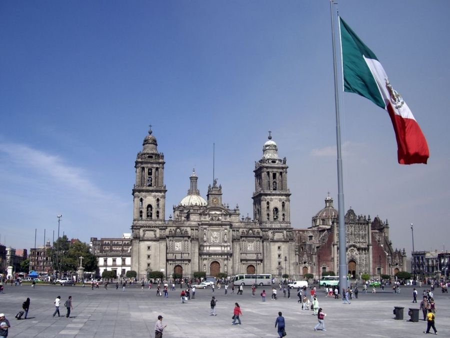 Que Plazas Del Mundo Conoces Plazas Mexico City Tours Mexico