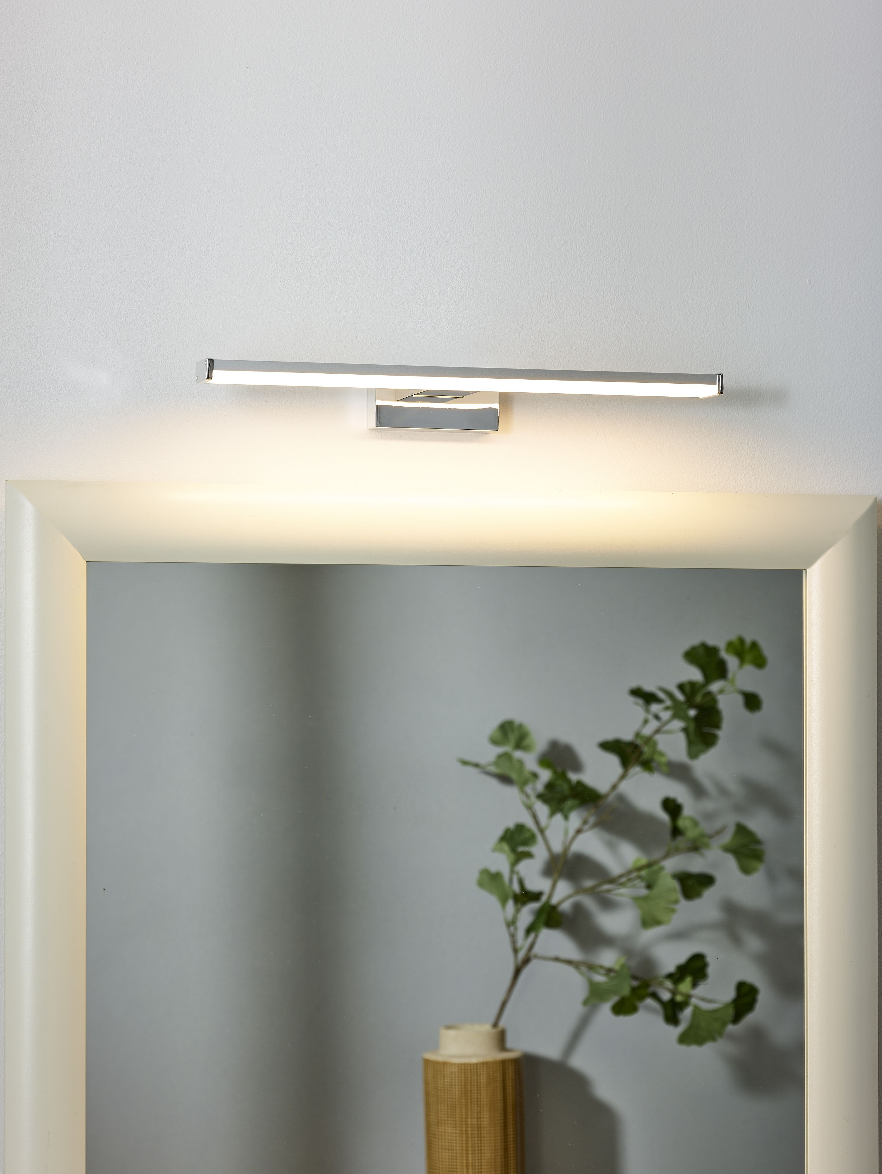 Sleek Lighting In Your Contemporary Bathroom Lucide Onno Verlichting L Eclairage Lighting Lamp Lampe Mirrorlight Spiegellam Lampen Badezimmer Spiegel