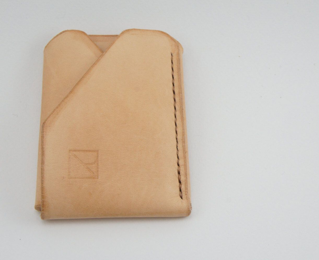 Handmade Minimal Leather Card Wallet by RalenHandmade on Etsy https://www.etsy.com/sg-en/listing/260694918/handmade-minimal-leather-card-wallet