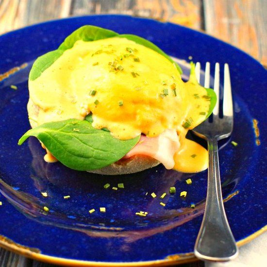15 Minute Eggs Benedict With Blender Hollandaise Sauce And Quick Microwave Perfect For A